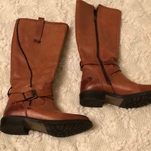 Tall brown leather Fall/Winter boots